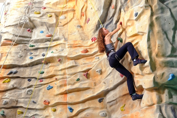 Indoor Bouldering: A Level Up For Newbies and A Practice Ground For Experts