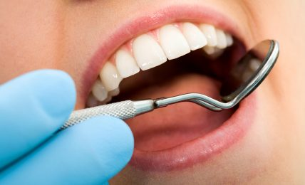 Ensure Best Dental Care Solutions With Simi Valley Dentist