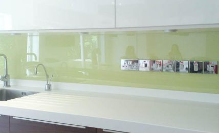 The Good Qualities Of A Glass Splashback