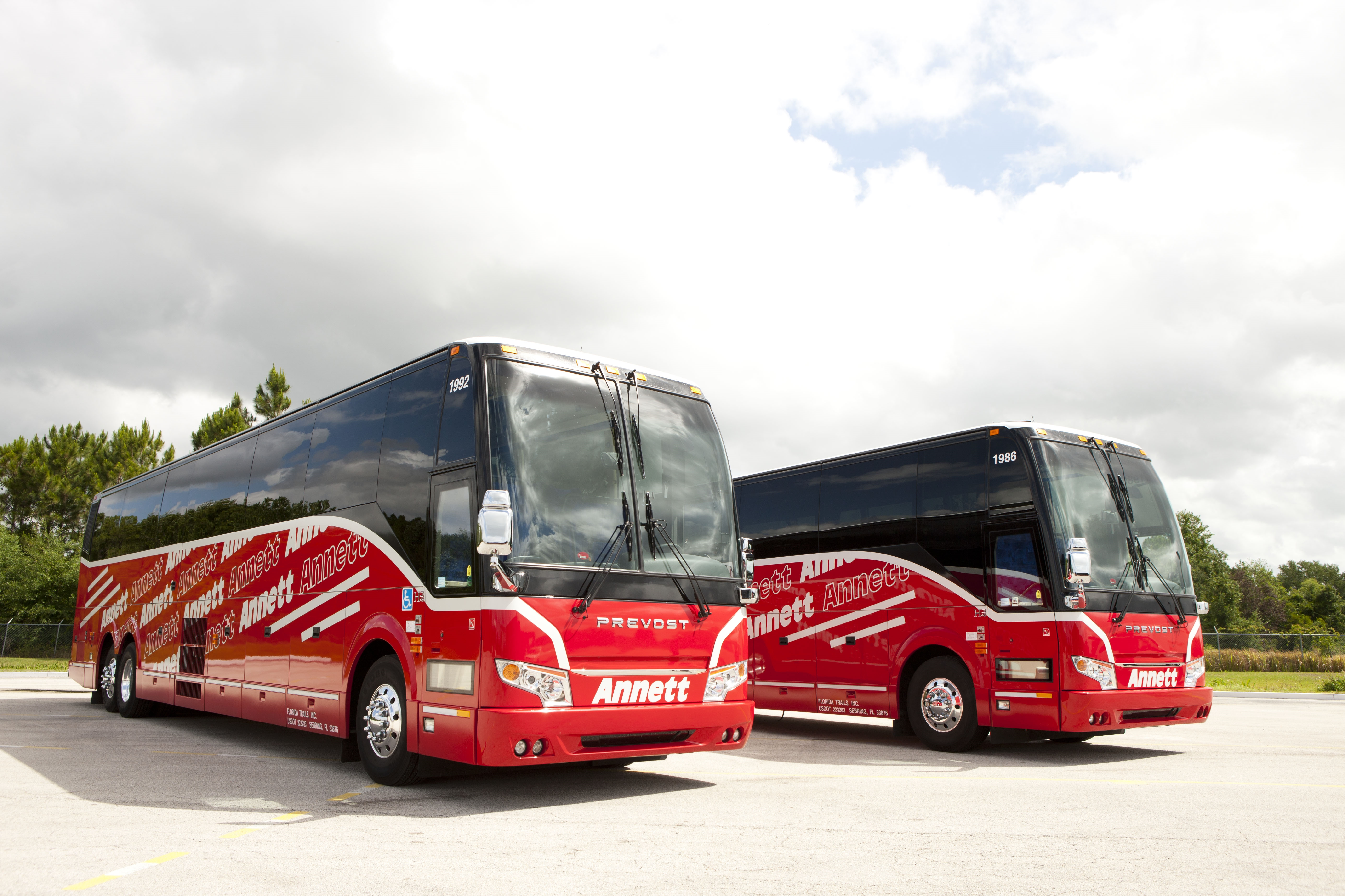 Different Types Of Charter Buses Available - A Reference Guide