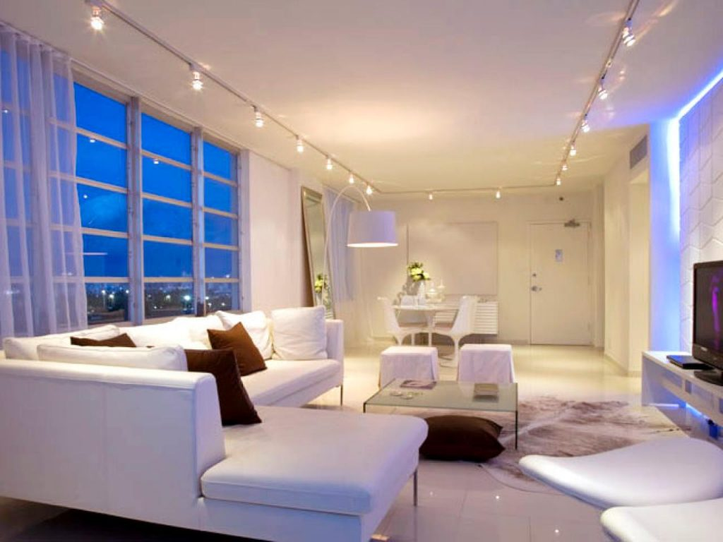 Great Options For Controlling Light Inside The Room