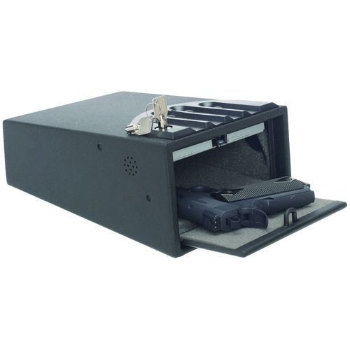 Purchase Biometric Gun Safes And Get Relieved From Bothering About The Safety Of Your Weapons
