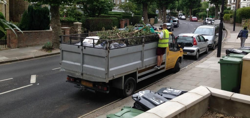 Environment Friendly Rubbish Clearance In London