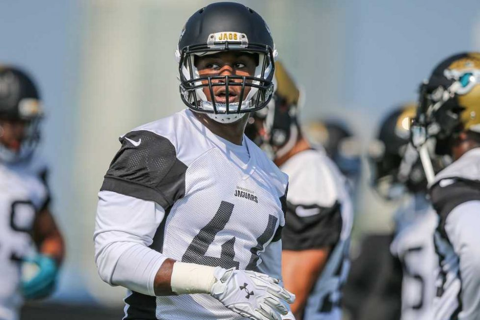 Learn The Techniques Of Offensive Lineman From Duval Love