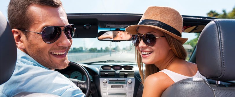 Choosing The Right Car Rentals While Travelling For Business or Leisure
