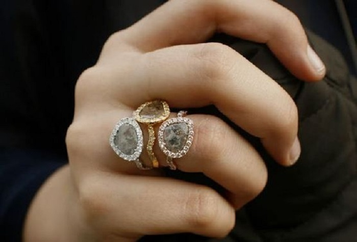 Different Types Of Diamond Promise Rings To Express Your Emotions