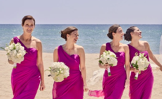 How to Choose Appropriate Bridesmaid Dresses for Spring & Summer