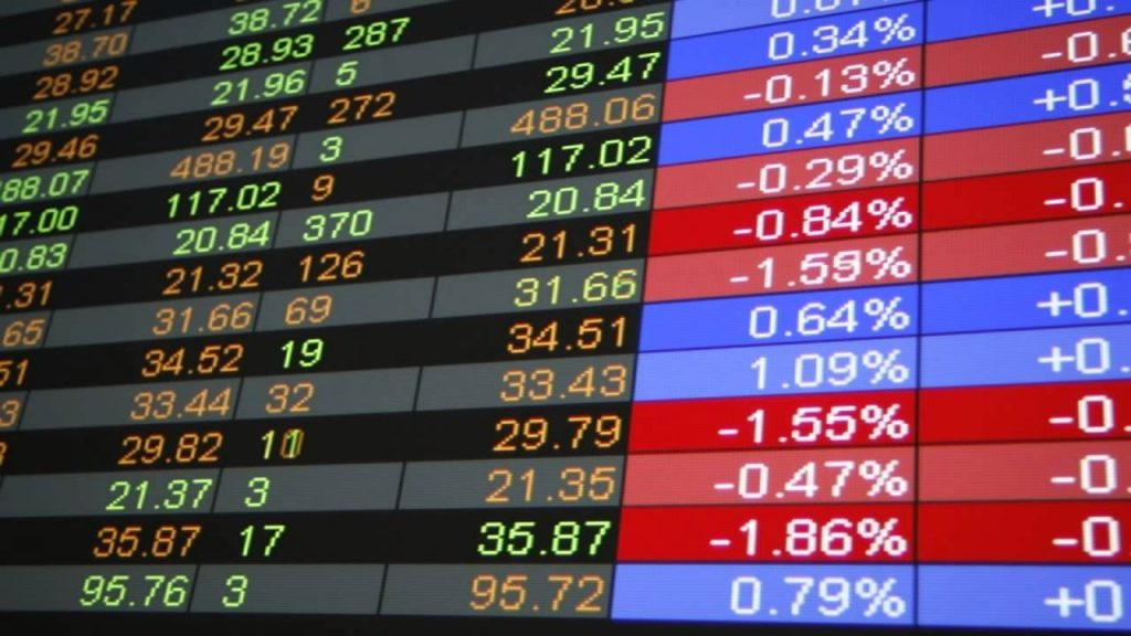 Earn Extra Money by Investing In The Stock Market Online