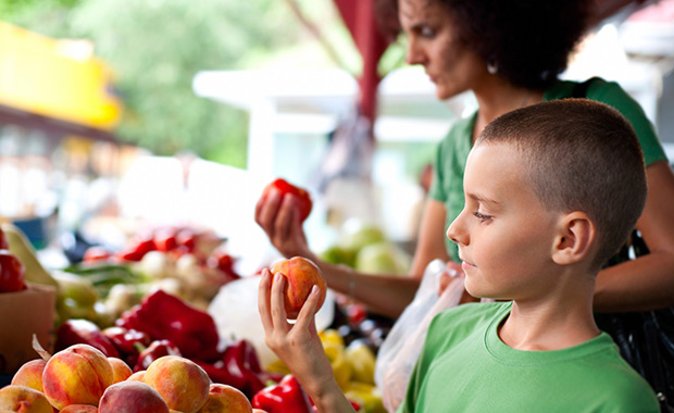 How Local Food Nourishes You and The Environment