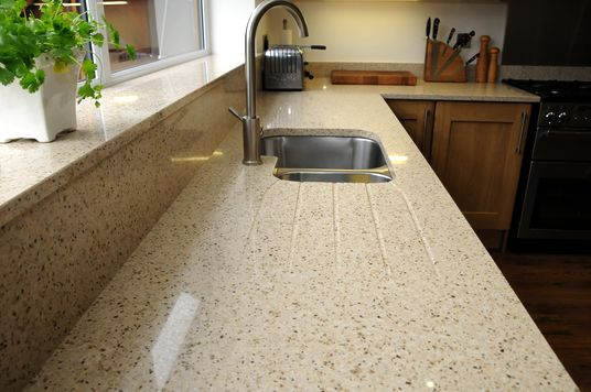3 Things To Consider For Maintaining Your Quartz Worktop At Home