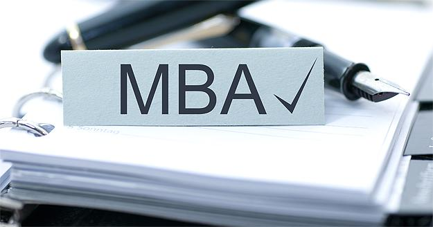 Choose The Right MBA Specialization Program For A Successful Career Graph