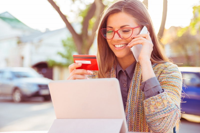 Why You Must Get A Credit Card?