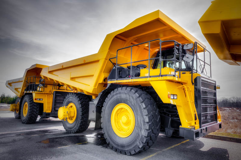 5 Reasons Why You Should Rent Heavy Equipment