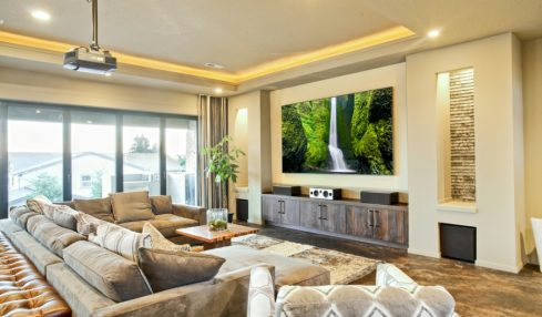 Smart Tips To Find The Right Entertainment Center For Your Space